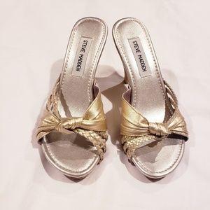 NWOT Steve Madden Gold Lizi Wood Heeled Sandal